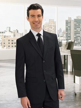giacca uomo con chiusura a tre bottoni per outfit black tie per travel business
